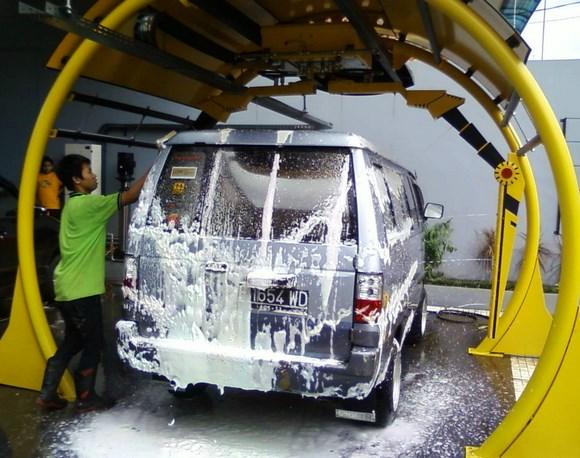 Rincian Biaya Usaha Cuci Mobil dan Tips Jitu ...