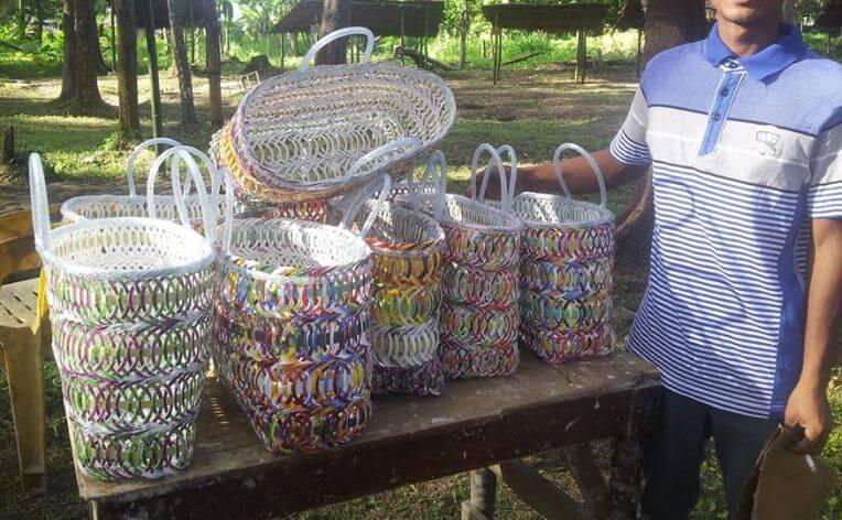 cara mengolah limbah plastik dan kertas menjadi peluang usaha kerajinan